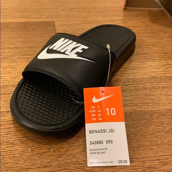 buy popular 4771e 89962 (NWT) Nike Benassi JDI Slides. Black flip flops